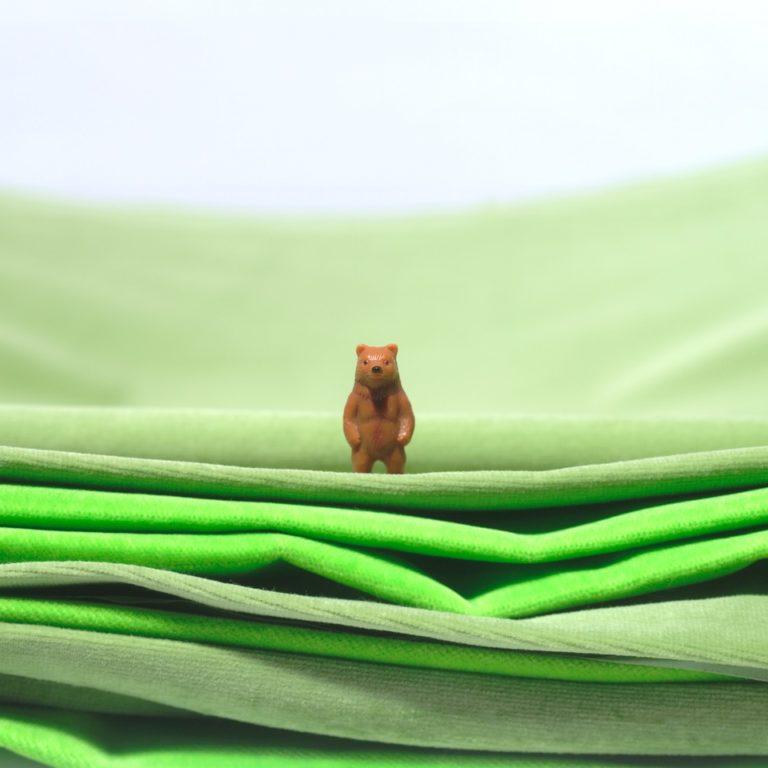 Interieur project gordijnen Dudok wonen, verbetering akoestiek digitale prints op brandvertragend textiel