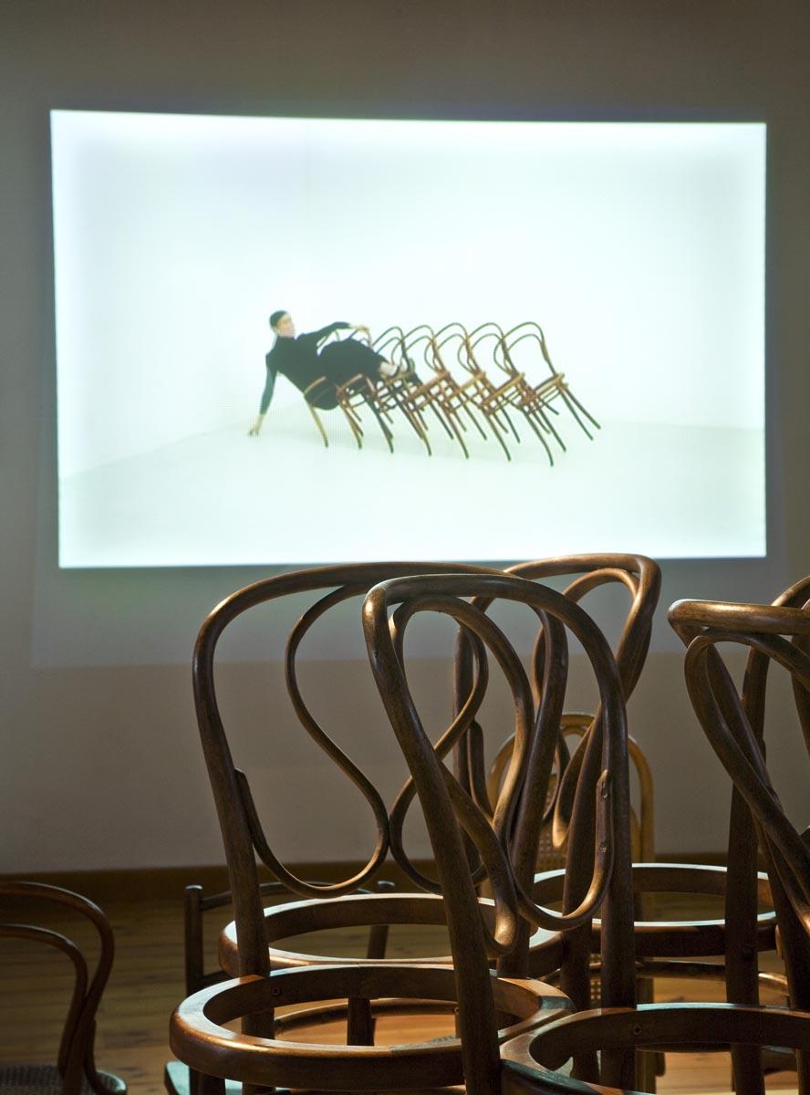 Kantlijnen_ vormgeving expo Pablo Reinoso_01