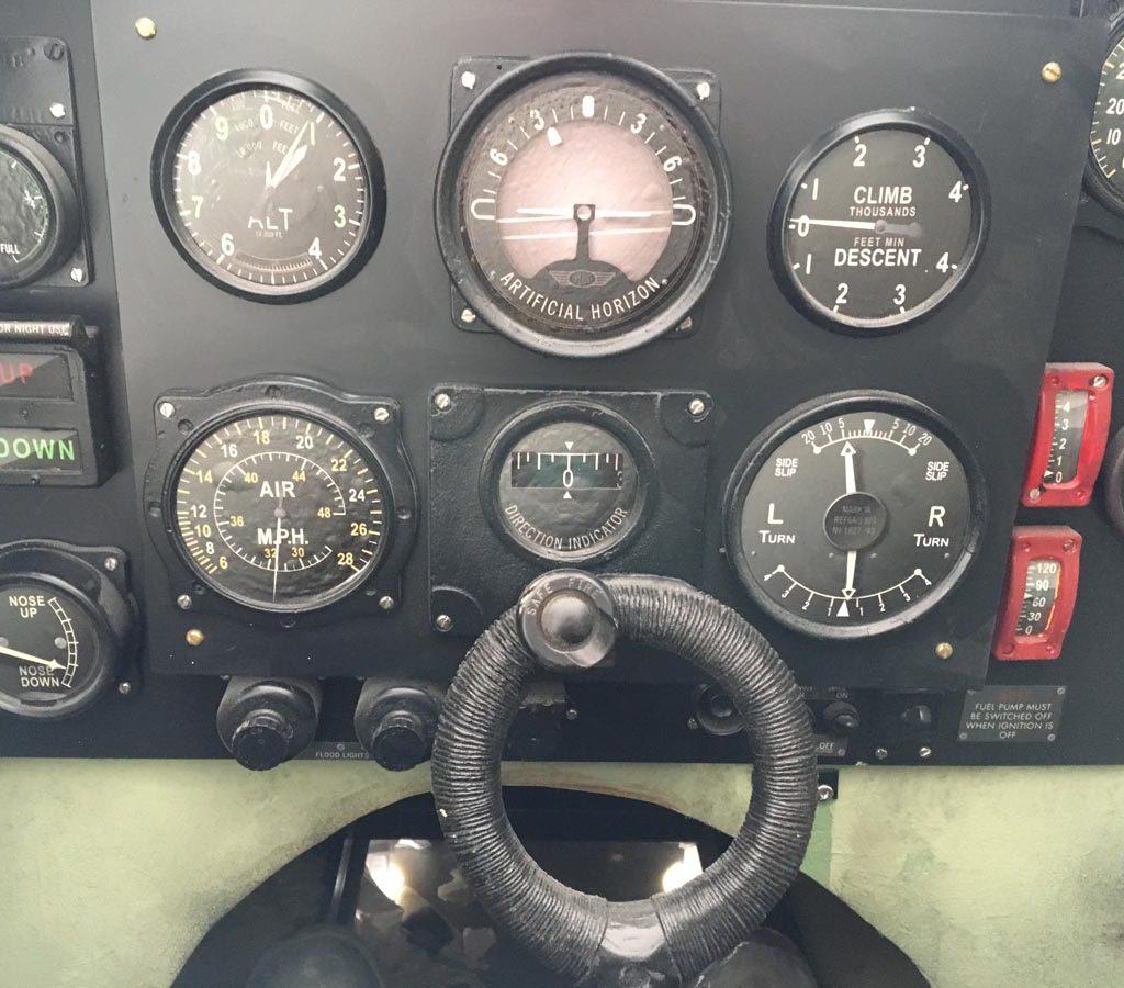 filmprops dunkirk vliegtuig
